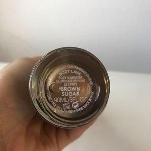 Fenty Beauty Makeup - Fenty Beauty Body Lava Body Luminizer